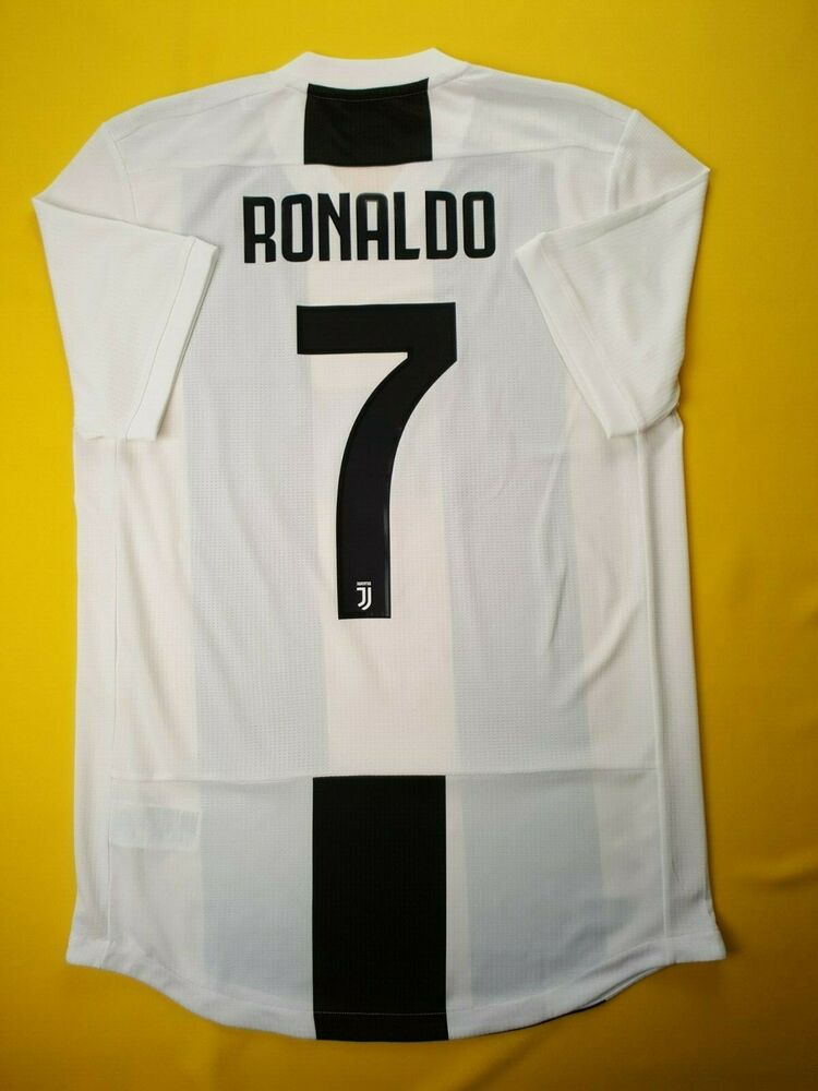 4f490068643 Details about 5+/5 Ronaldo Juventus authentic jersey medium 2018 shirt  CF3493 Adidas ig93