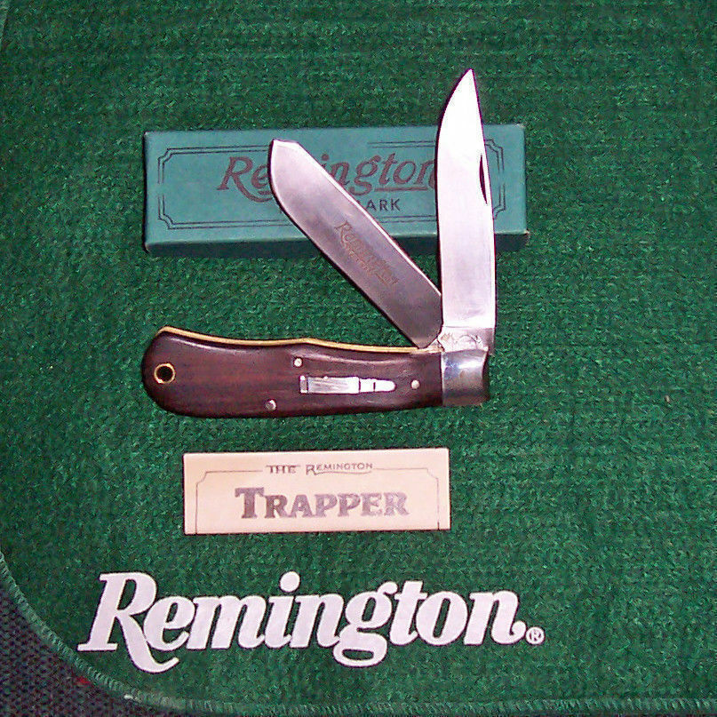 Mint 1989 Remington R1128 TRAPPER Bullet Knife with Angled Center