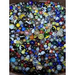 Kyпить Mixed Lot 40+ Assorted Old Vintage To Modern Colorful Glass Marbles GREAT MIX на еВаy.соm