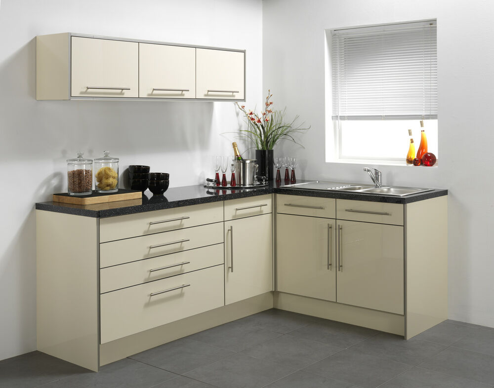 Cream high gloss vinyl kitchen cabinet doors ebay for High gloss kitchen cabinets