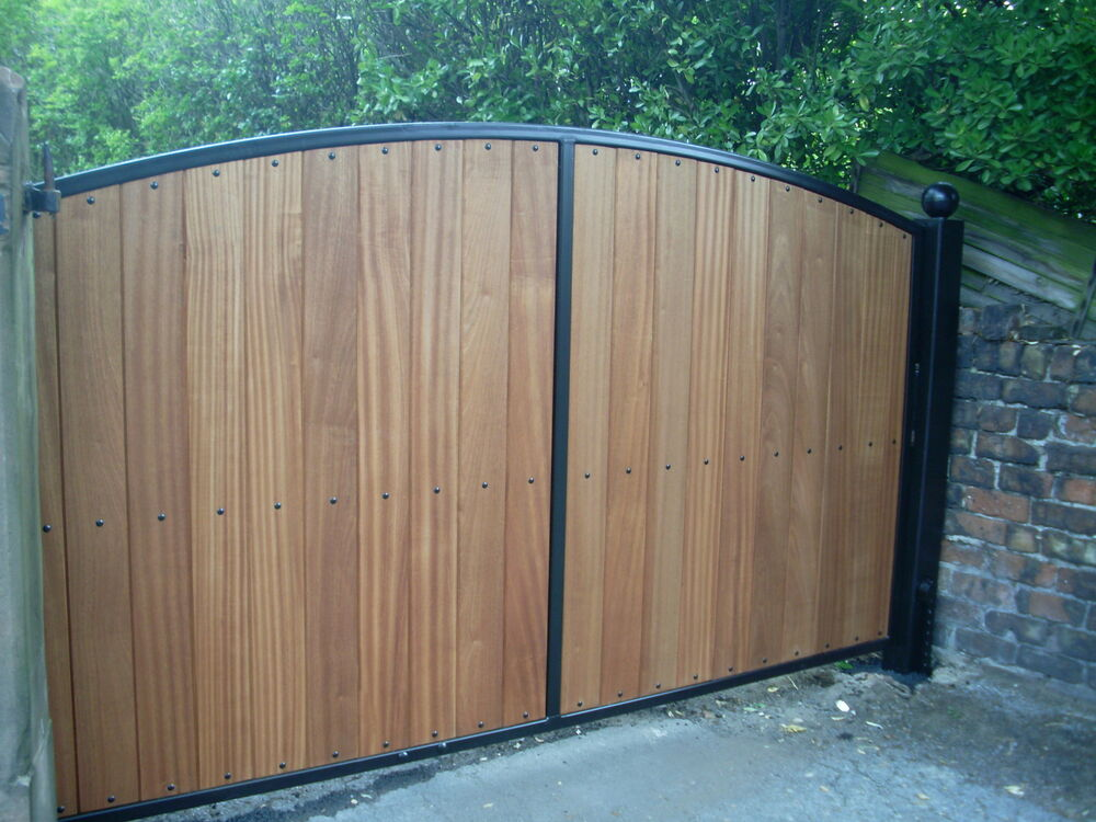 Hardwood with steel frame automatic driveway gates ebay for Aluminum gates for driveways