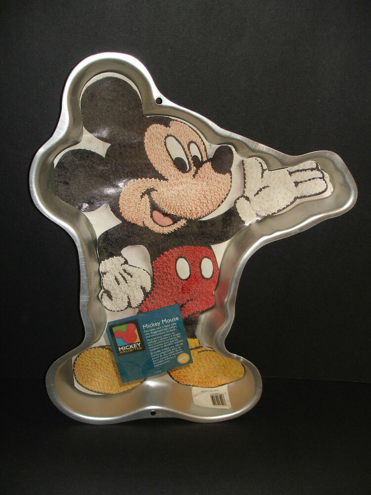 mickey mouse cake pan mickey mouse wilton pan cake pan 2105 3601 vintage 5879