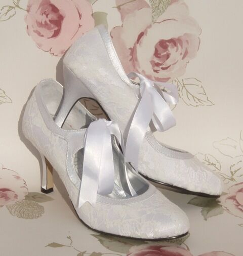 lace wedding shoes white satin amp lace vintage style bridal wedding shoes ebay 5381