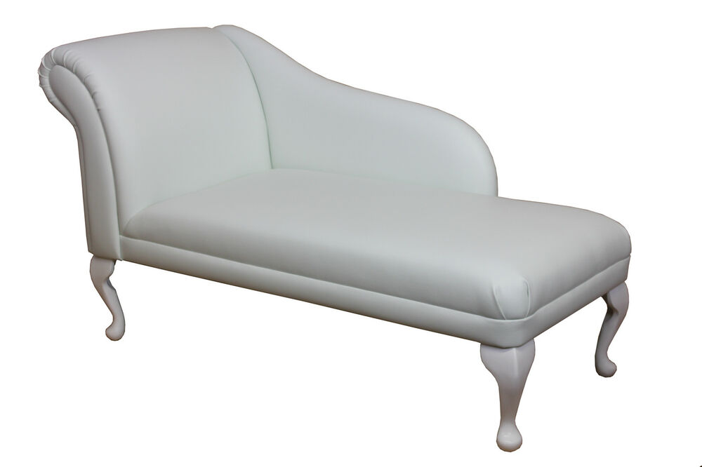 52 gorgeous frozen white faux leather chaise longue ebay. Black Bedroom Furniture Sets. Home Design Ideas