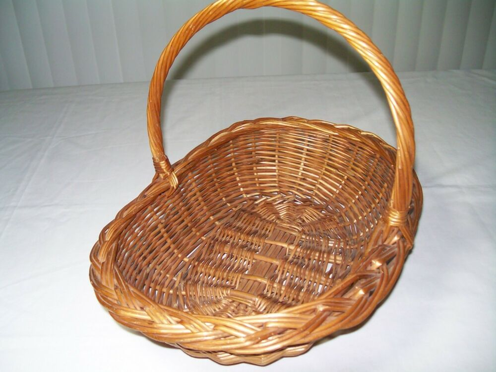 vintage arts crafts wicker rattan willow basket woven brim twisted handle ebay. Black Bedroom Furniture Sets. Home Design Ideas