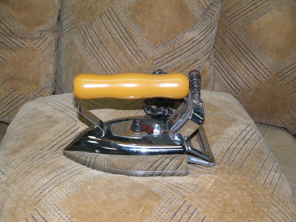 Non Electric Pressing Iron ~ Antique collectible vintage american beautya electric