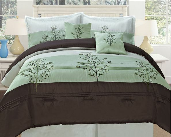 Deluxe Edition Bamboo Nod Embroidery Oversize Comforter