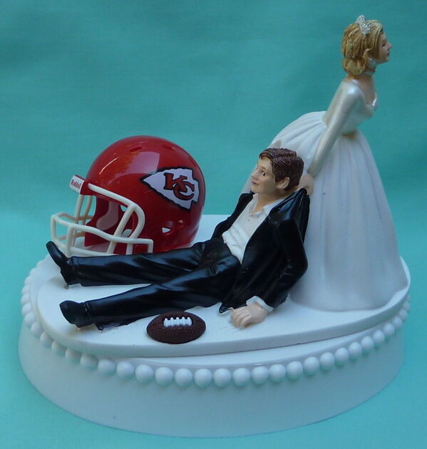 wedding cake bakeries kc wedding cake topper kansas city chiefs football themed kc 21871