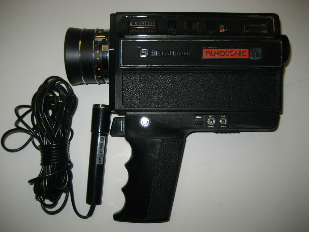 vintage bell howell 1230 filmosonic xl super 8 movie camera with microphone ebay. Black Bedroom Furniture Sets. Home Design Ideas