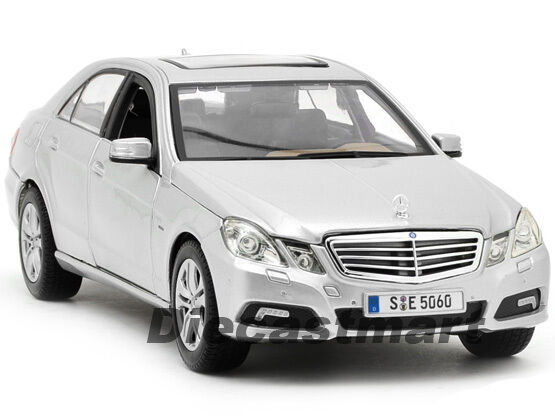 Maisto 1 18 mercedes benz e class new diecast model car for Mercedes benz toy car models