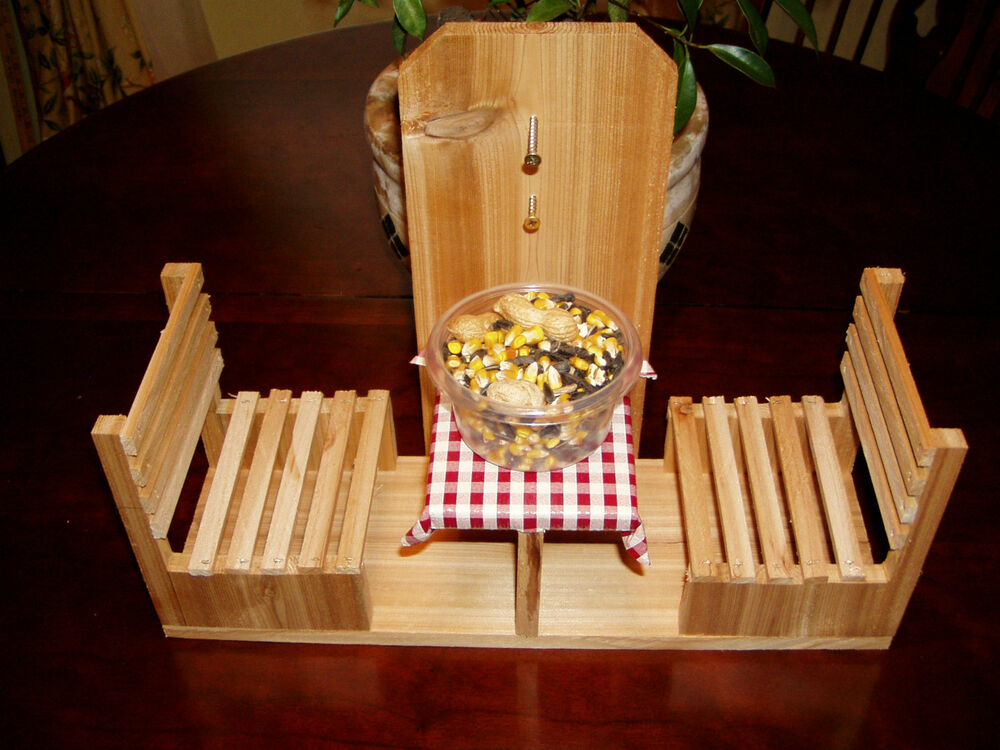 Handmade Cedar Squirrel Cafe Feeder/Table and Chairs | eBay