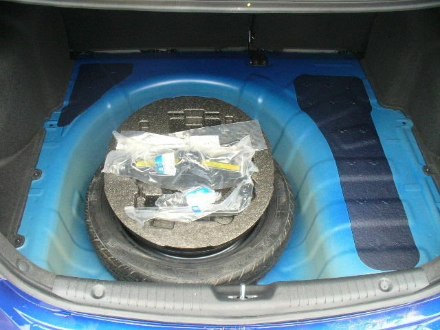 2012 2016 Oem Hyundai Accent 4 Door Spare Tire Kit Tire