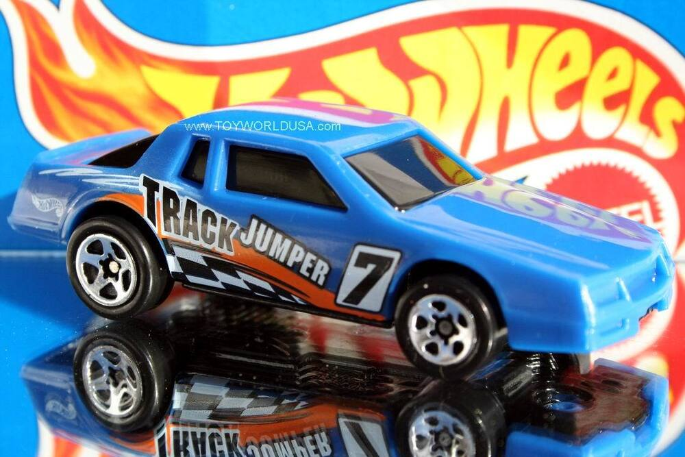 1997 Hot Wheels Figure 8 Racers Chevy Stocker 5 Spoke EBay