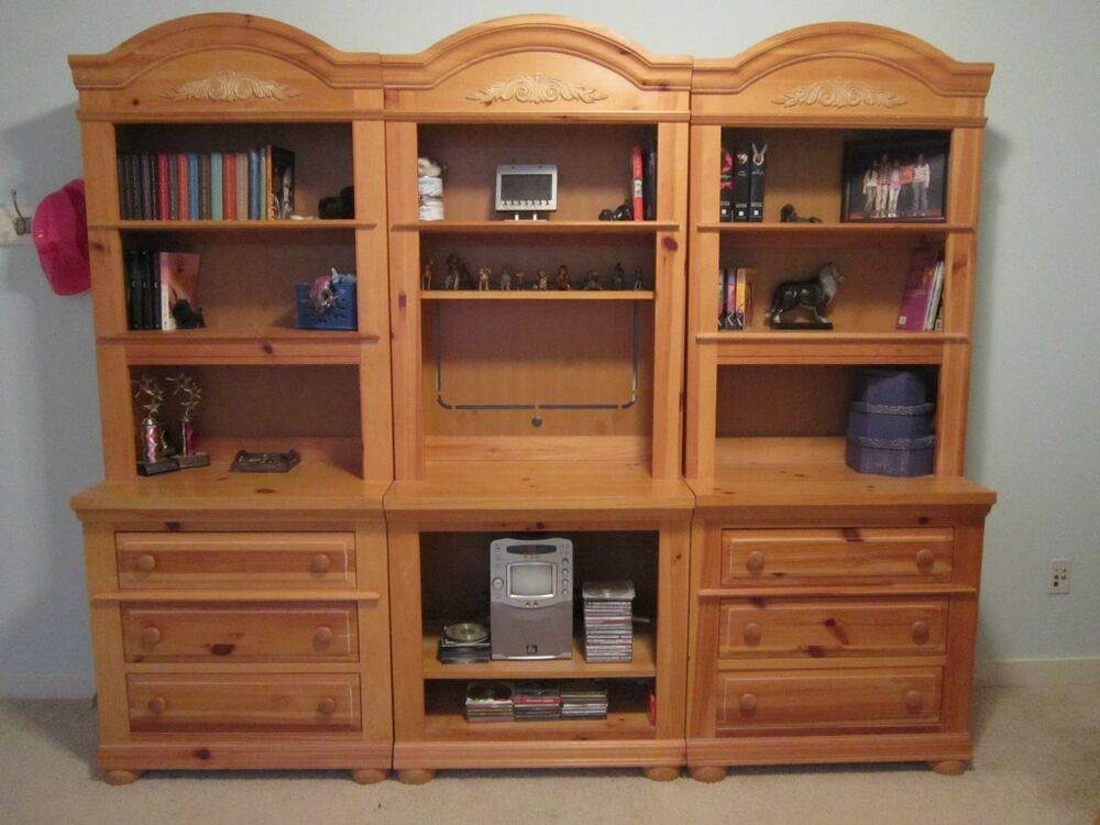 Broyhill Fontana Adaptables Bookcase Dresser Entertainment