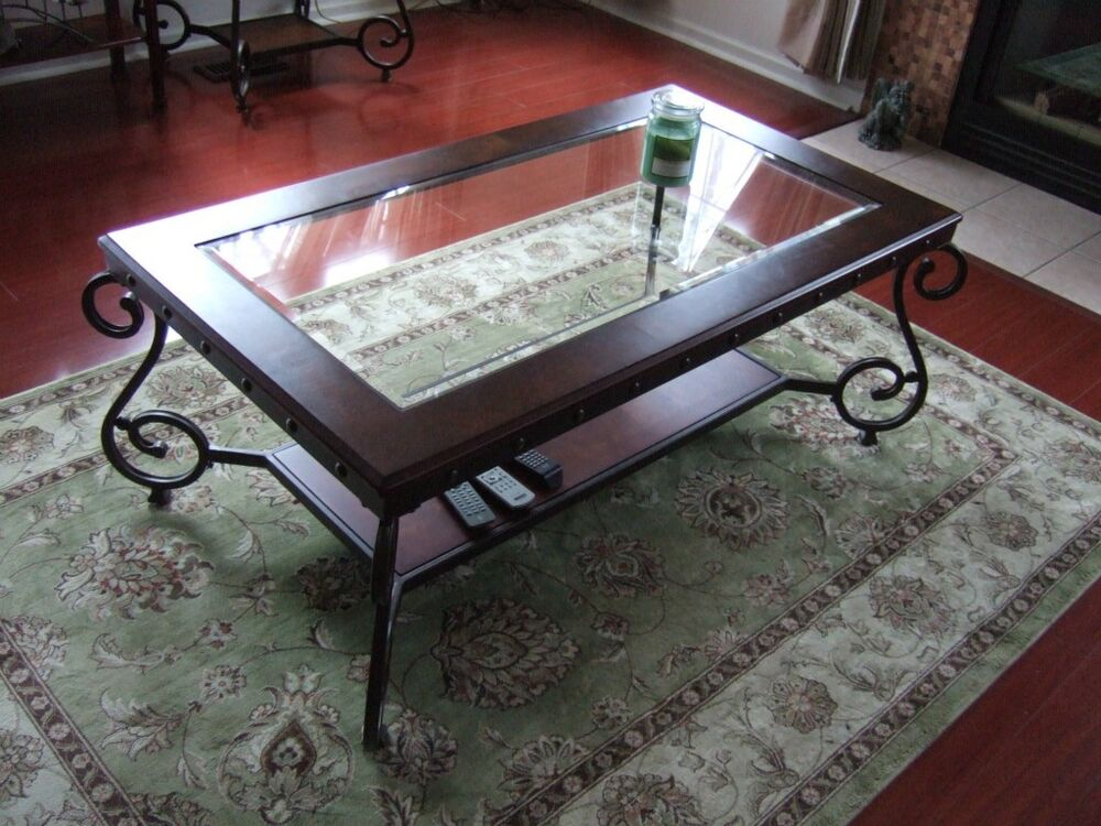 Wrought iron coffee table and end tables ebay for Adorable wrought iron coffee tables