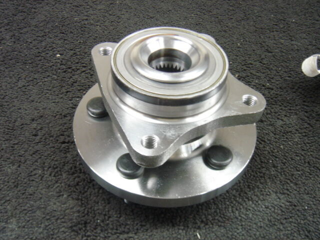 Land Rover Discovery 3 4 Tdv6 Hse S Front Wheel Bearing