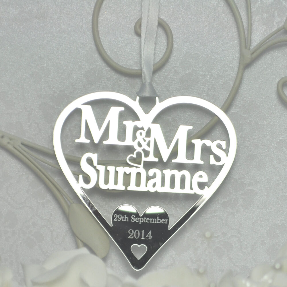 Horseshoe Wedding Gift: Personalised Wedding Mr & Mrs Good Luck Heart Bridal Gift