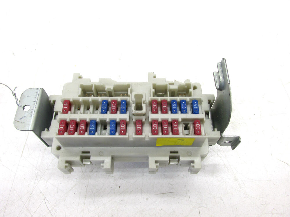 fuse box on infiniti g35 2003 2004 infiniti g35 coupe oem left front under dash #3