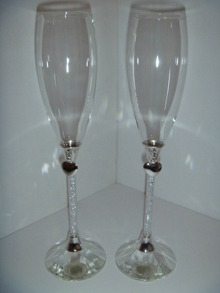 Wedding Toasting Glasses With Crystal Stem Heart