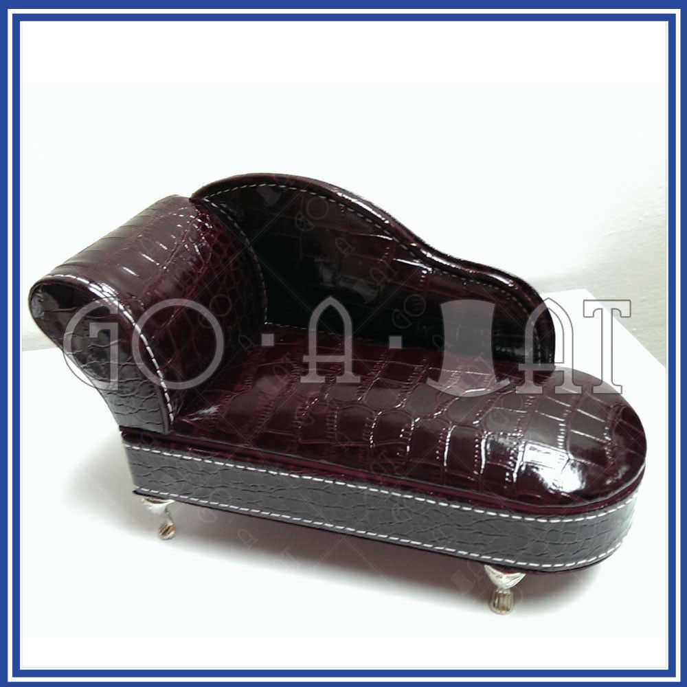 Miniature soft ring jewelry trinket box chaise longue sofa for Chaise jewelry box