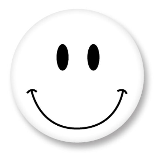 Pin button badge 38mm smiley face smile sourire smiling happy face blanc whi - Smiley simple noir et blanc ...