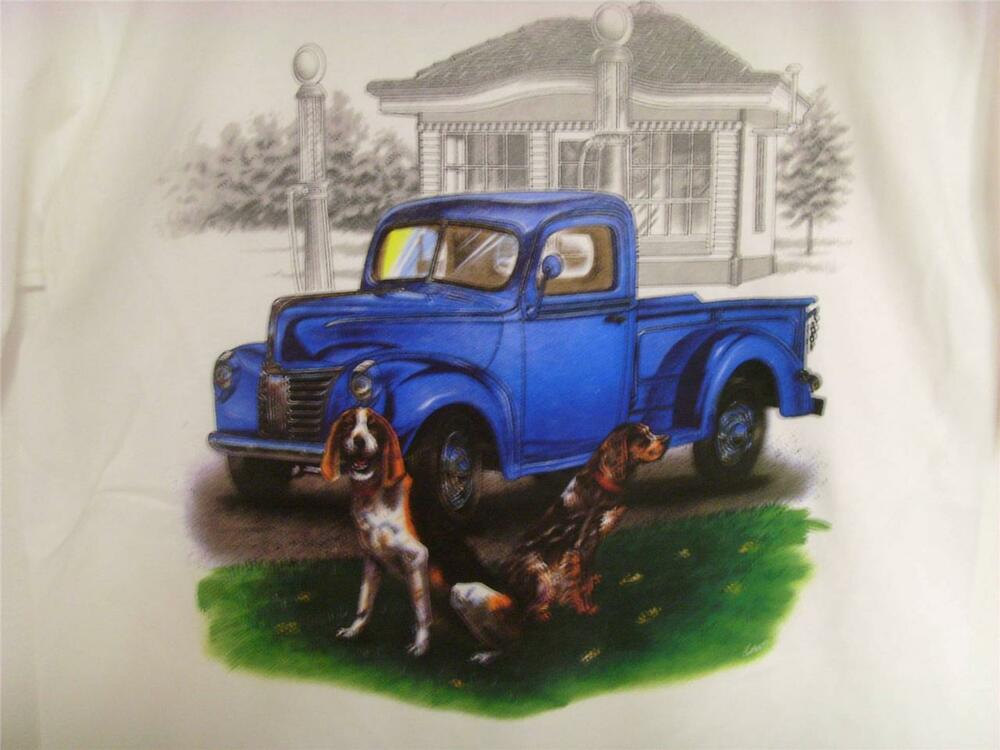 Tee-Shirt Old blue truck with dogs t shirt | eBay