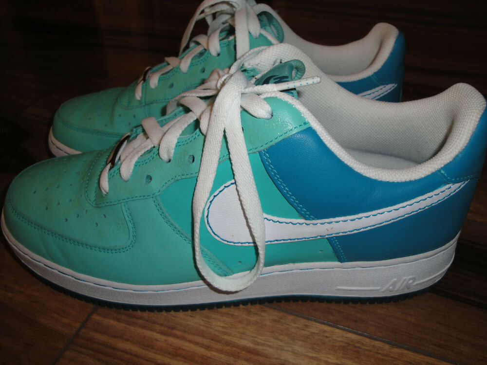 pretty nice 4b247 1462b Details about Womens Wmns Nike Air Force 1  07 Shoes Nike Size 12 Style    315115-411