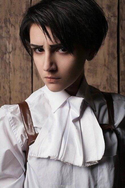 Attack On Titan Levi Black Short Cosplay Costume Anime Wig
