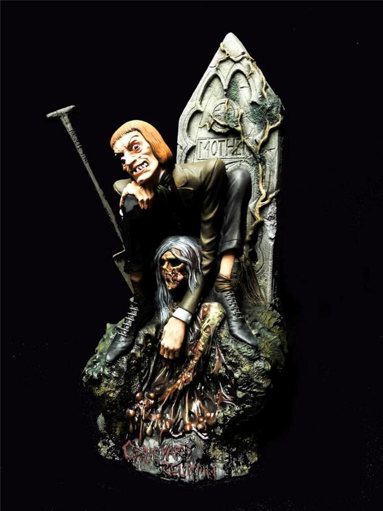 Graveyard reunion pro build paint resin statue figure for Zombie build