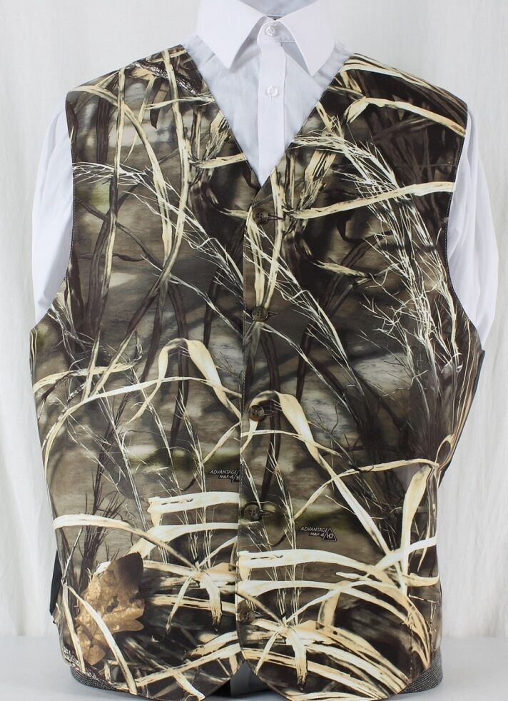We offer an extensive collection of camo wedding apparel, accessories and gifts. Here you can find the most popular wedding items such as camouflage wine glasses, Mossy Oak and Realtree ties, camo leather photo frames, camo vests, nature-inspired jewelry, Wilderness Dreams lingerie – .