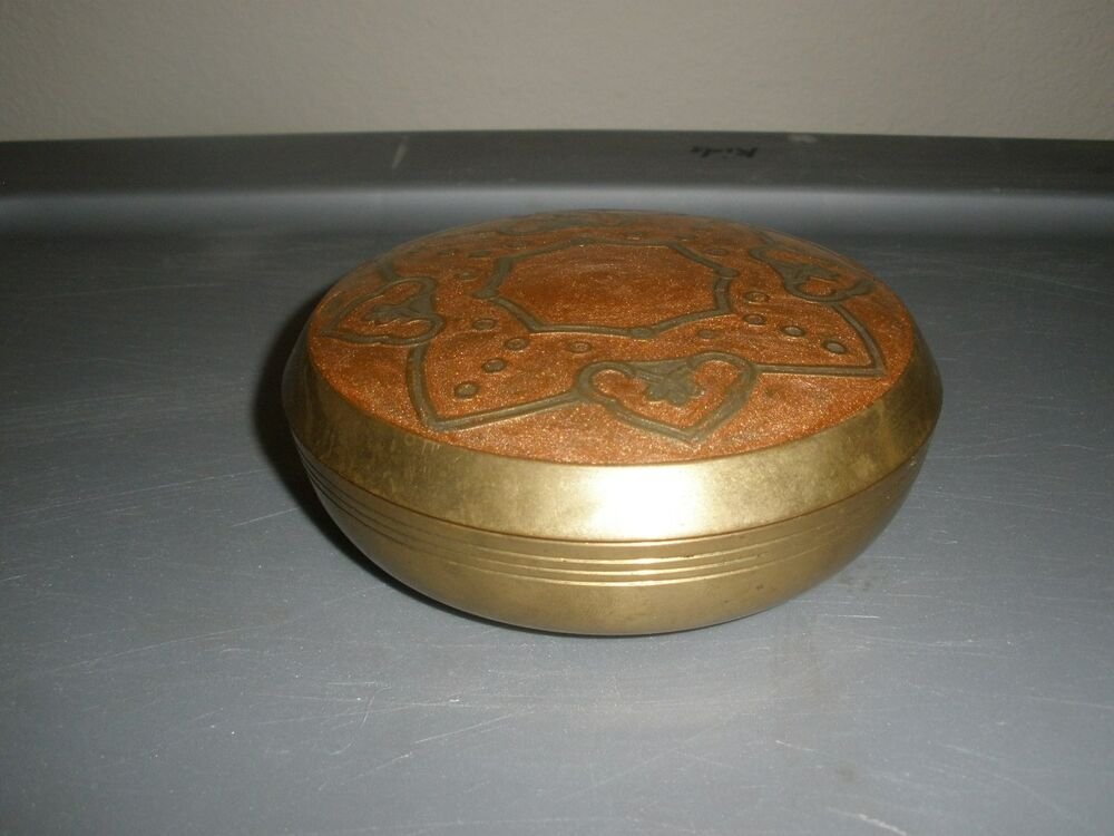 Antique Collectible Decorative Solid Brass Round Trinket