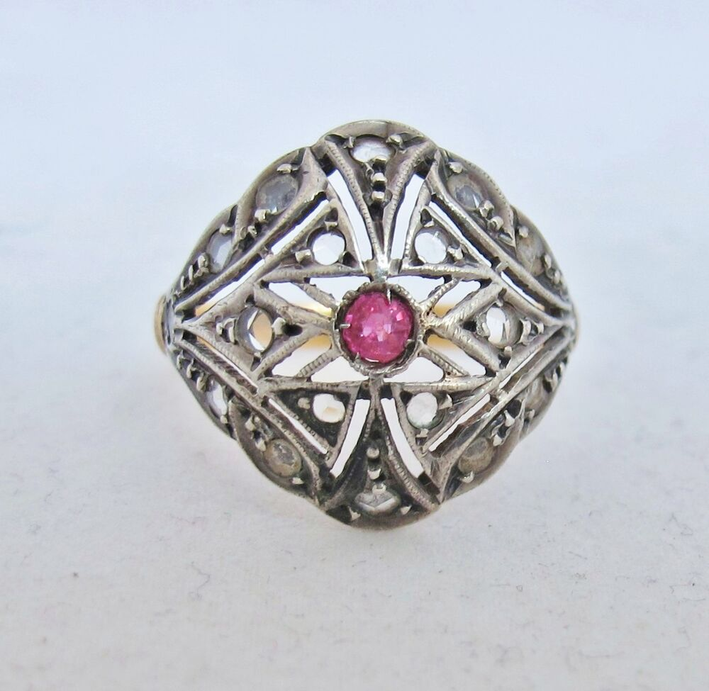 Antique Victorian 18k Gold Ladies Ring With Red Ruby Amp 16