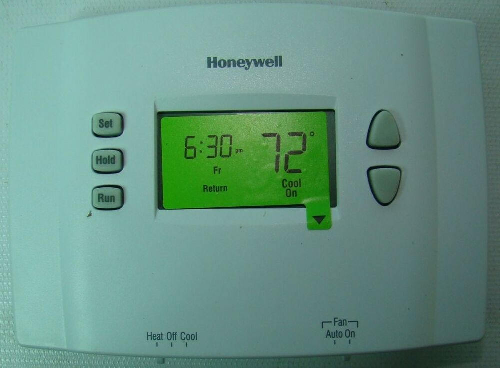 honeywell rth2300b digital programmable thermostat heating. Black Bedroom Furniture Sets. Home Design Ideas