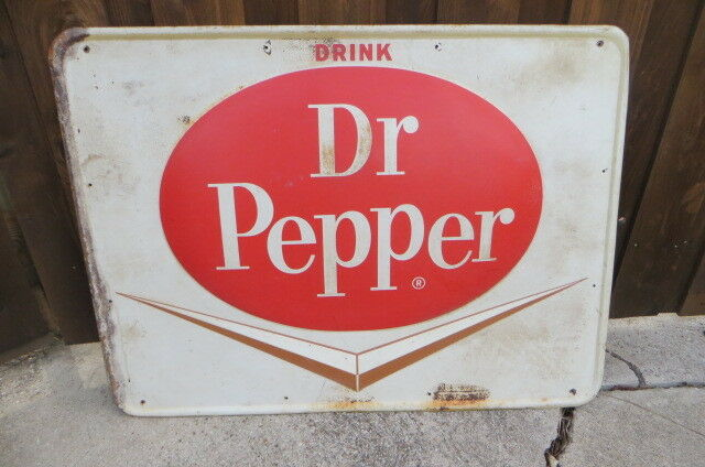 Product Description time of the year, reach for Dr Pepper cans. With a bubbly blend of.