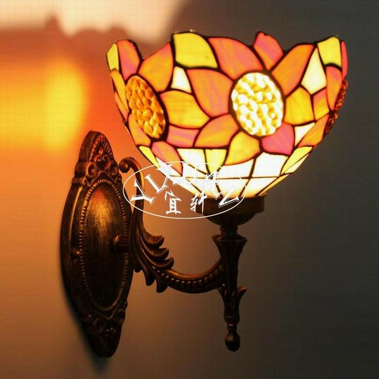 Tiffany Style Sunflower Stained Glass Wall Sconce Single