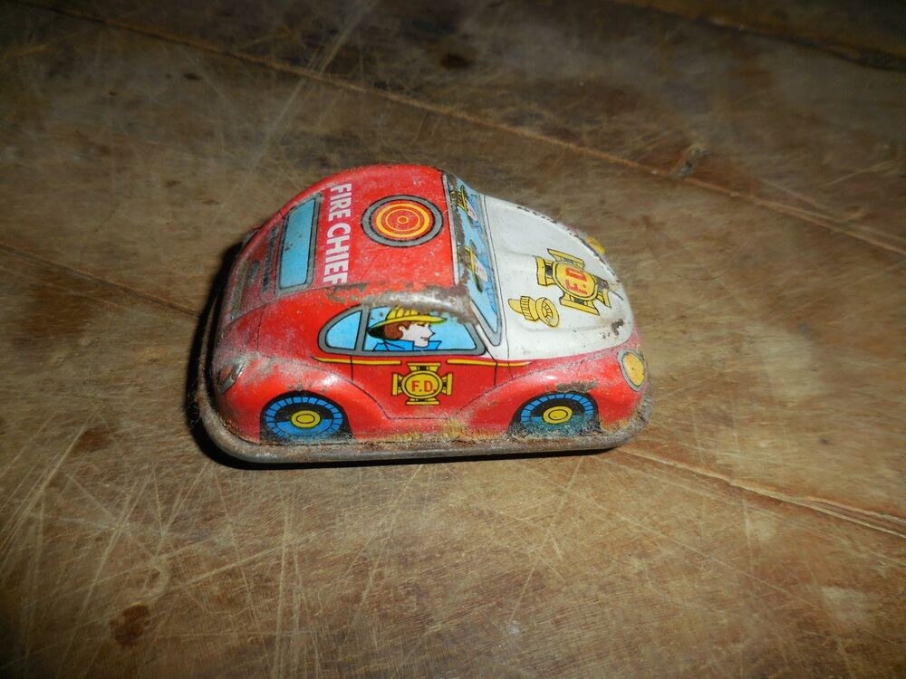 Vintage Japan Tin Toys : Vintage tin toy wind up fire chief car made in japan quot ebay