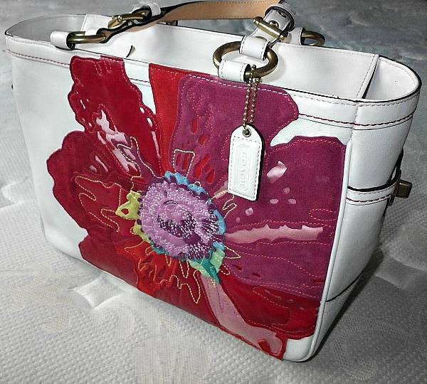 Coach Ltd Ed Poppy For Peace White Leather Red Fl Gallery Tote Purse Bag Wow 657326948532 Ebay