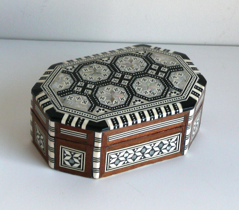 Egyptian hand made mosaic mother of pearl inlaid wood for Jewelry box made of wood