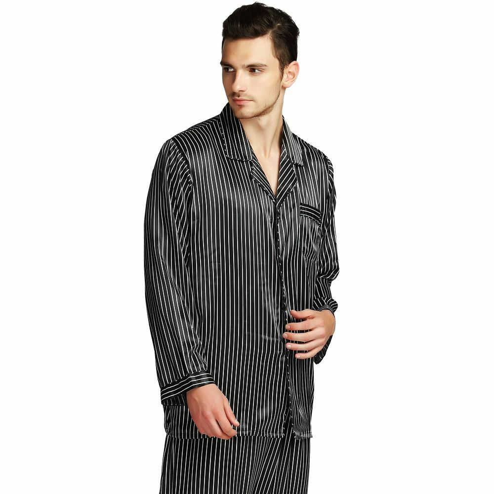 Sleepy Jones is a collection of luxury pajamas, loungewear, and underwear for women, men and children. Shop stylish pajamas, quality basics and more today.