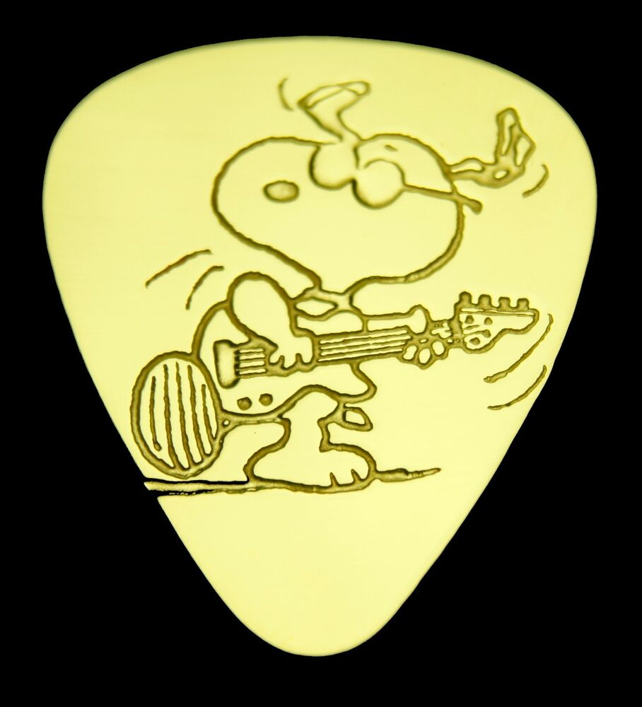 snoopy guitar solid brass guitar pick acoustic electric bass ebay. Black Bedroom Furniture Sets. Home Design Ideas