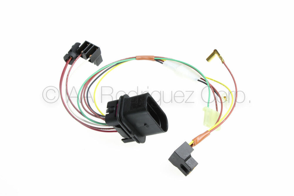 1  headlight wiring harness with fog 1999