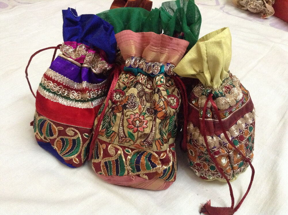 Wedding Gift Bags India : Wedding Favor Gift Jewelry Packing Bag Indian Ethnic Pouch Banjara Bag ...
