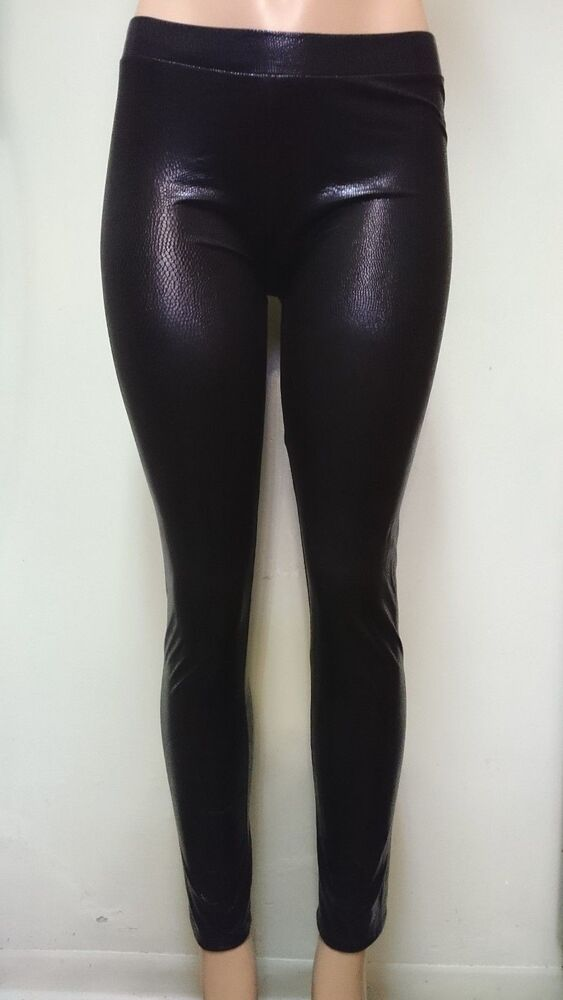 Dec 03, · eBay Black High Waisted Shiny Liquid Leggings Lookbook & OOTW. Different ways to style Faux Leather Pants (Crop Tops, Checked Shirts, .