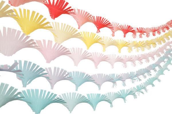 Crepe Paper Hand Fringed Ceiling Decoration Streamer Party ...