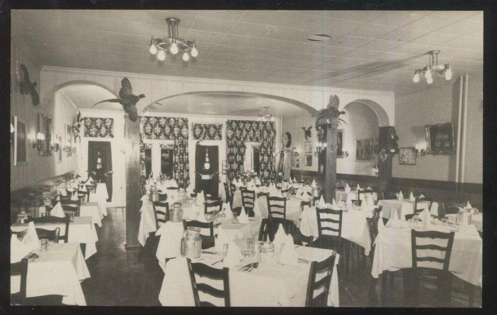Rp postcard west chester pa pennsylvania quaker restaurant for W austin in room dining menu