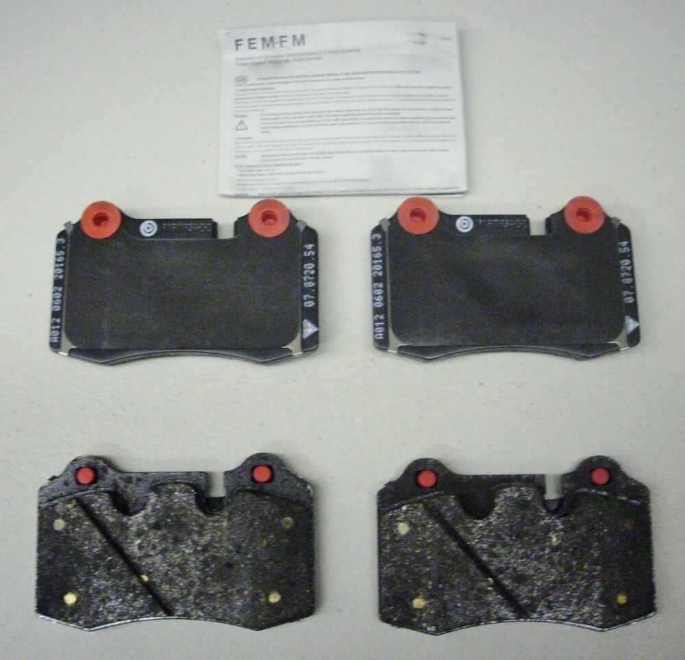 ASTON MARTIN DB9 / V8 VANTAGE REAR BRAKE PAD SET OEM