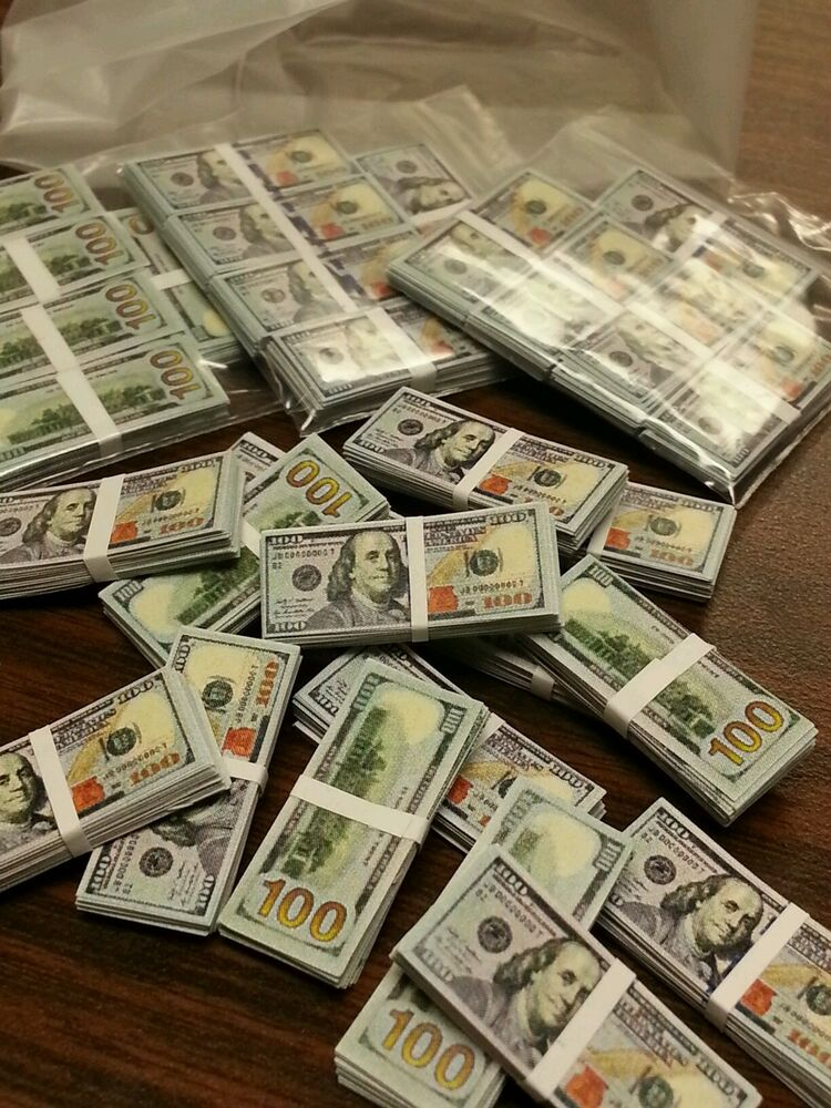 1 6 Scale 20 Stacks Miniature Money Lot Of 300 100 Bills