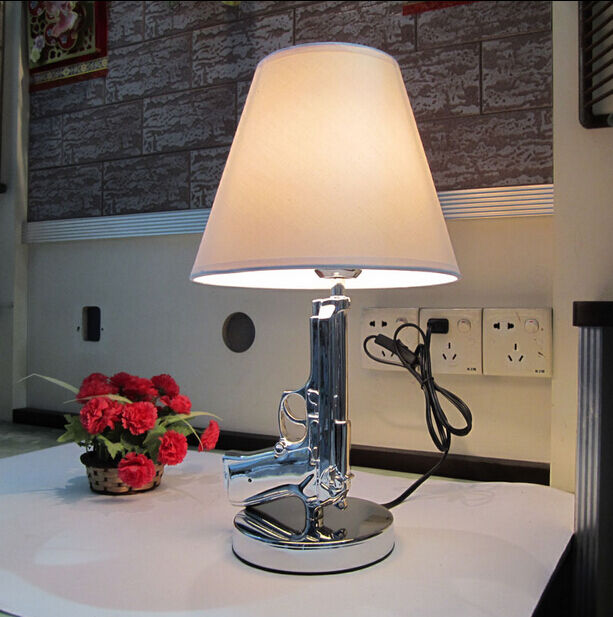 Hot Sale Beside Gun Table Lamp Desk Lighting Lamp Study
