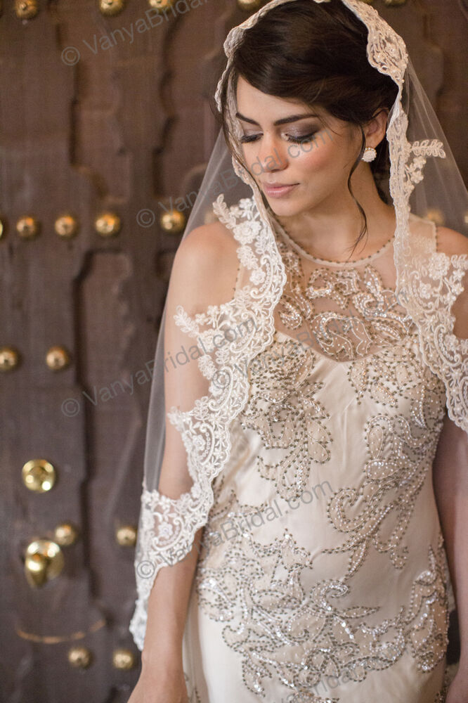 WEDDING CATHEDRAL LACE VEIL IN CHAMPAGNE, SPANISH BRIDAL ...