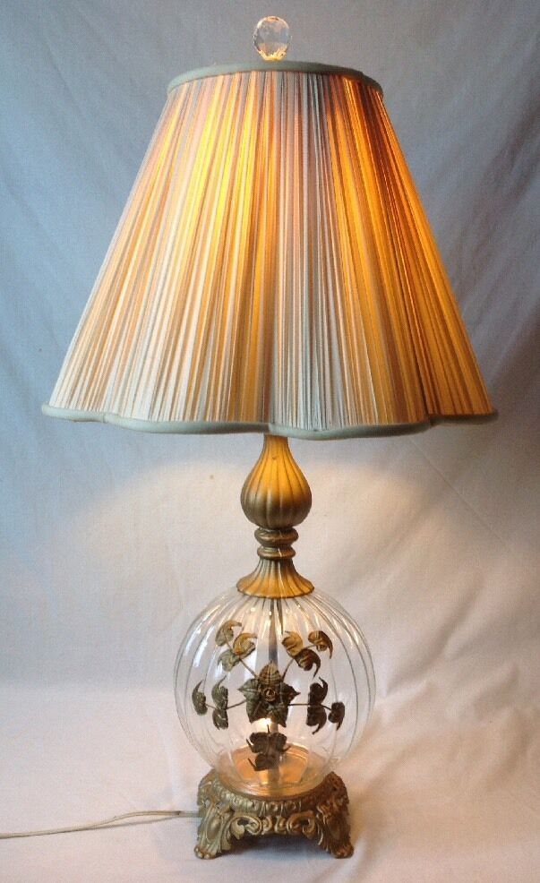 regency glass table lamp gold ormolu flowers night light base ebay. Black Bedroom Furniture Sets. Home Design Ideas
